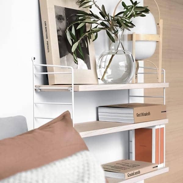 Système d'étagères modulables STRING POCKET, version originale, conçue et fabriquée en Suède