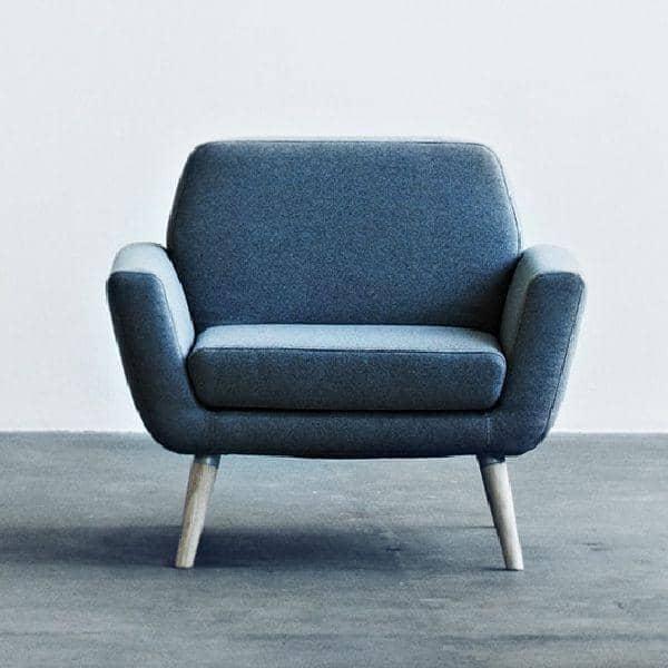 SCOPE, un fauteuil épuré et très confortable, parfait compagnon du canapé SCOPE