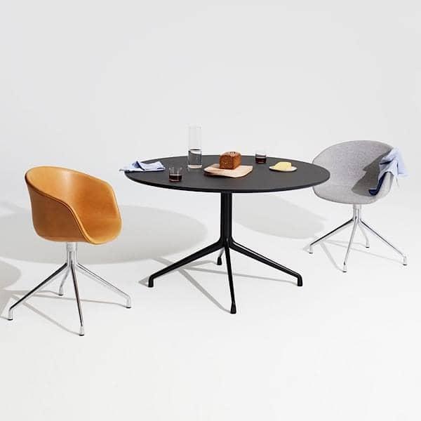 tavolo da pranzo rotondo, compensato, gambe in alluminio, HAY.