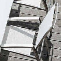 Fauteuil indoor et outdoor ALCEDO, en inox et BATYLINE, accoudoirs garnis, dossier rehaussé, Réf 2M2, fabriqué en Europe