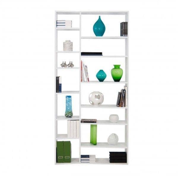 VALSA, sistema de prateleiras inteligentemente concebido, a assimetria da fachada é uma verdadeira inovação - concebido por Nadia SOARES
