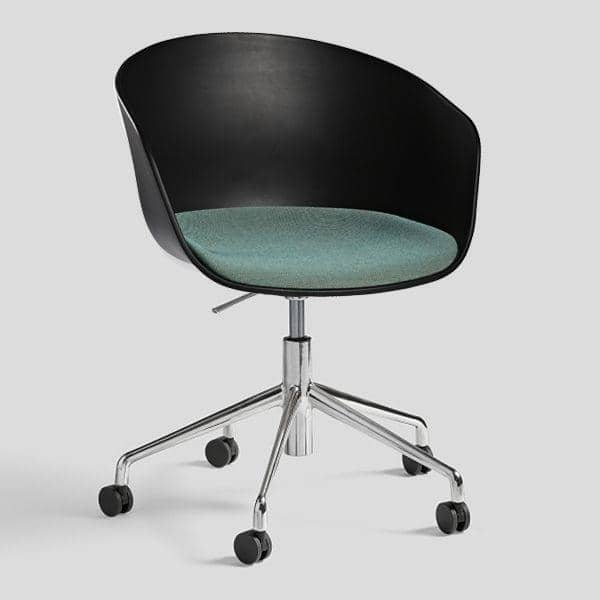 ABOUT EN CHAIR -. ref AAC52 - Polstret sæde eller polypropylenskal ben af aluminium med hjul og med gaspatron systemet - HEE WELLING, HAY