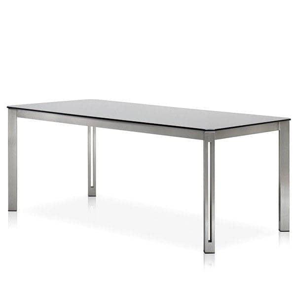 Tables ARIA, version Verre extra-clair, par TODUS, un grand choix de dimensions, robustes, pureté des lignes : parfaites pour une utilisation en terrasse ou dans votre salon