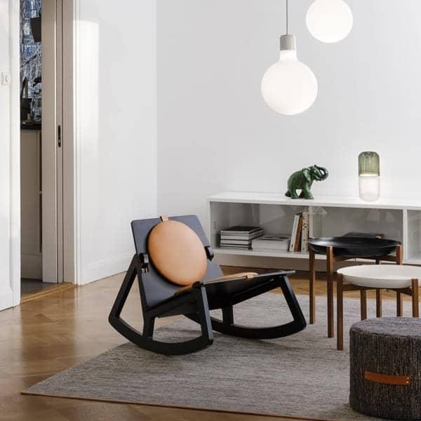 Os tapetes Björk by Design Casa Estocolmo: lã e algodão, forrado com couro, de alta resistência e doçura de materiais nobres