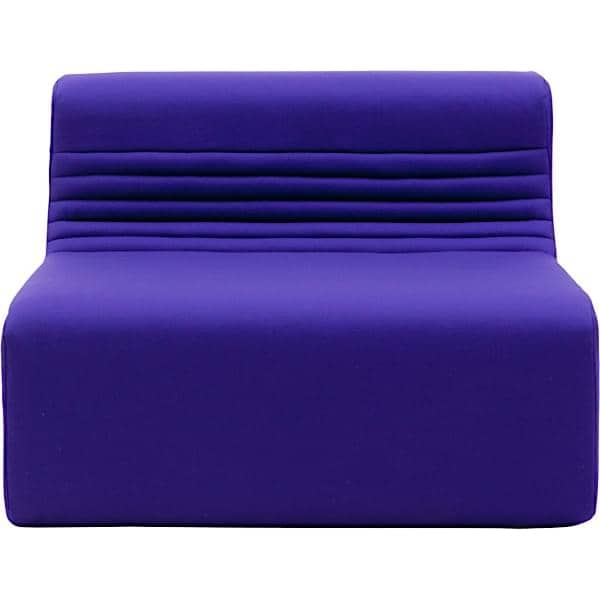 LOFT, en modulbaseret sofa til din stue eller terrasse: Flyt kernemodulerne, vinklen eller den osmanniske, og lav snesevis af kombinationer.