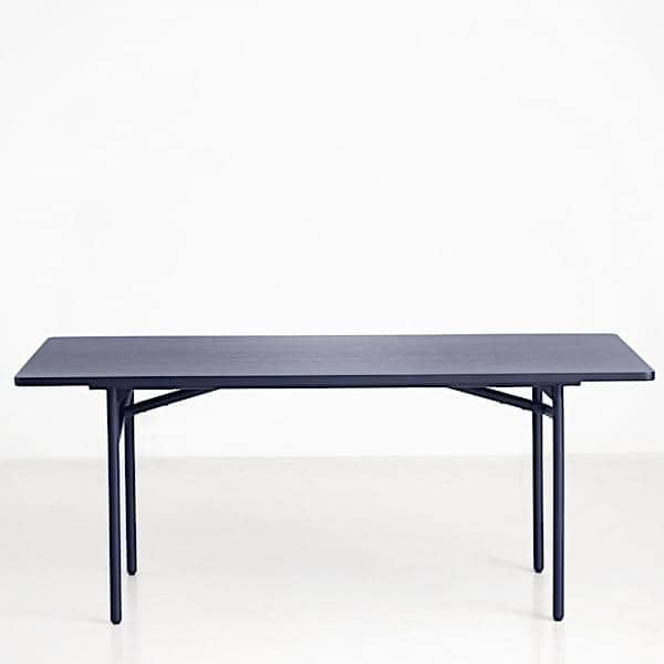 Diagonale un tavolo da pranzo in legno e metallo woud - Tavolo legno e metallo ...
