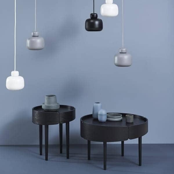 Tables basses SKIRT en bois : design finlandais, une belle utilisation des matériaux.
