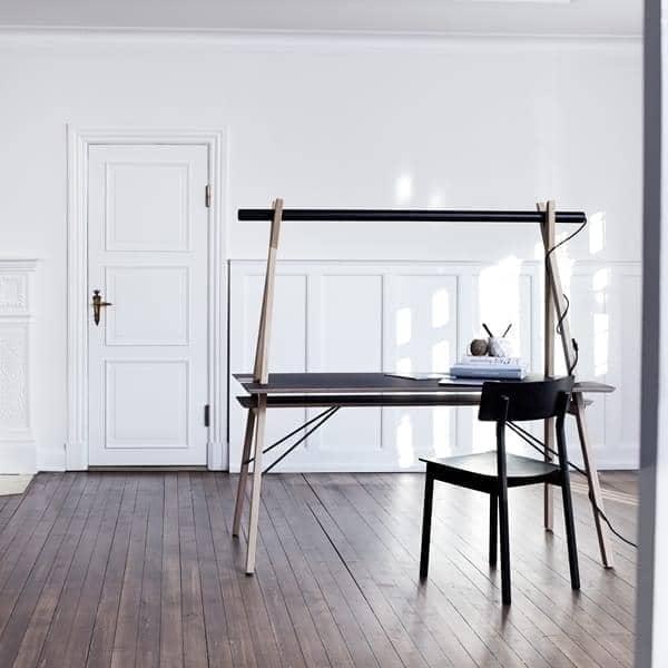 Aa desk uno spazio di lavoro progettato per semplificare for Mobilia spazio