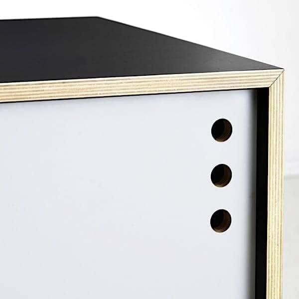 Tv schrank mit schiebetüren  Sideboard und TV Schrank, Schiebetüren. woud