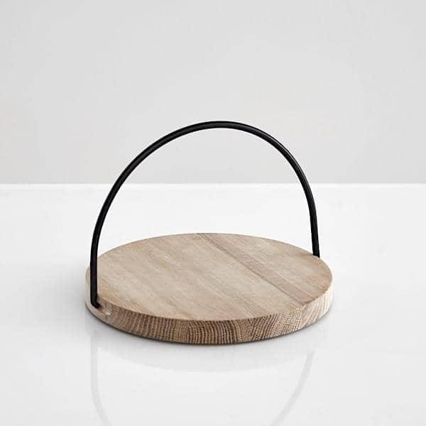 Plateaux LOOP en chêne massif : de signature scandinave, un très bel objet pour un usage quotidien