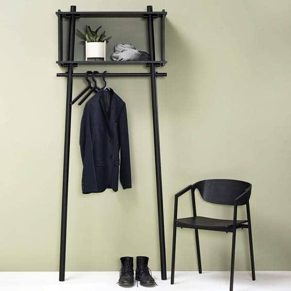 ILLUSION kleshengere, praktisk og elegant, dansk design. WOUD.