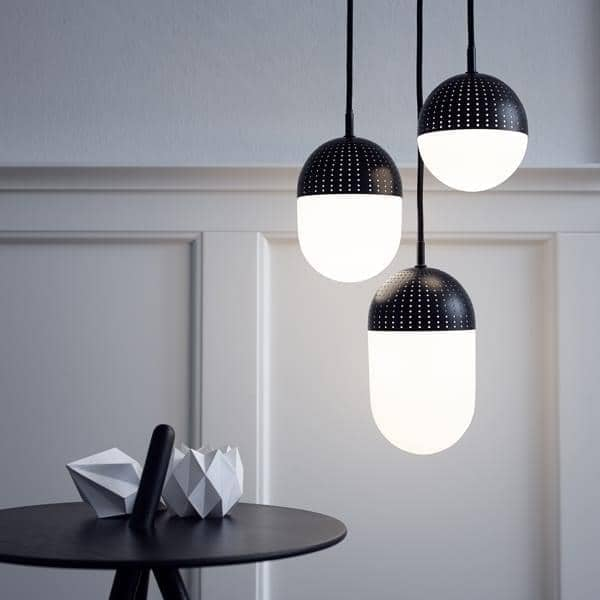 DOT, lampe suspension, métal perforé et verre opale
