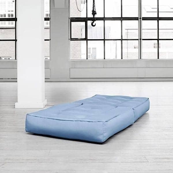 CUBIC, un fauteuil futon convertible : en pouf ou en lit confortable et douillet