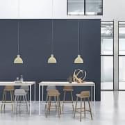 UNFOLD吊灯,采用柔软的硅橡胶材料制成。 Muuto