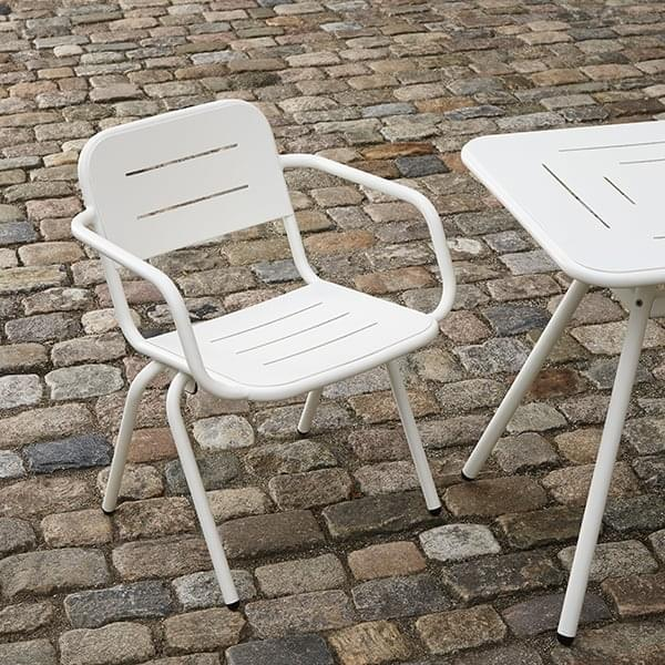 RAY כיסא אוכל מודרני וחיצוני, על ידי WOUD