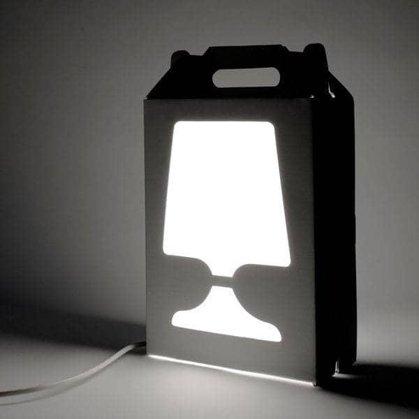 FLAMP - lampe à poser et à transporter - une référence en matière de lampes