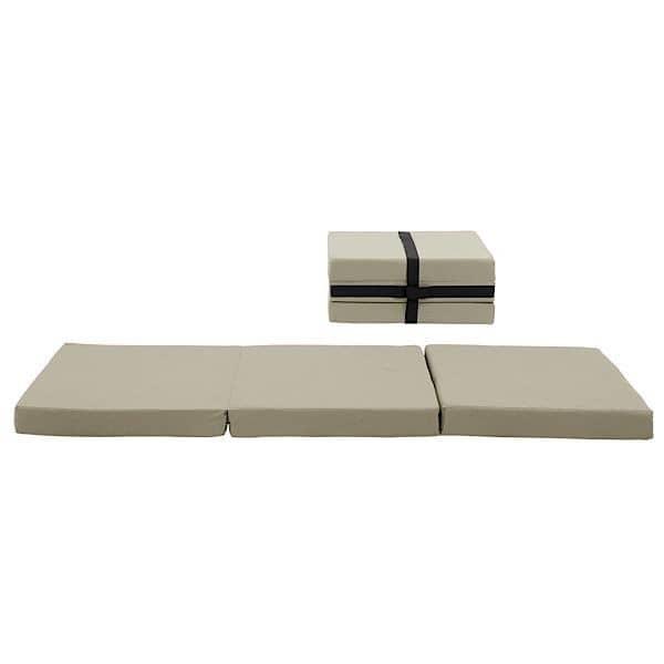 HANDY è un letto funzionale extra, e anche un pouf, facile da spostare, grazie alla maniglia integrata - deco e del design, SOFTLINE