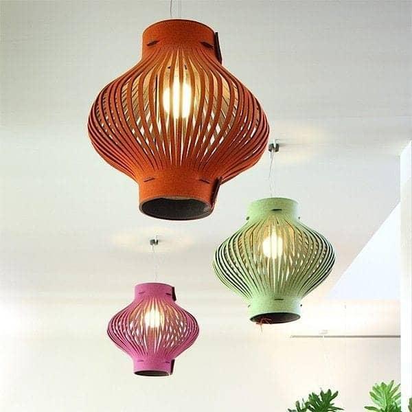 den bl de og gener se h ngende lampe buzzilight. Black Bedroom Furniture Sets. Home Design Ideas