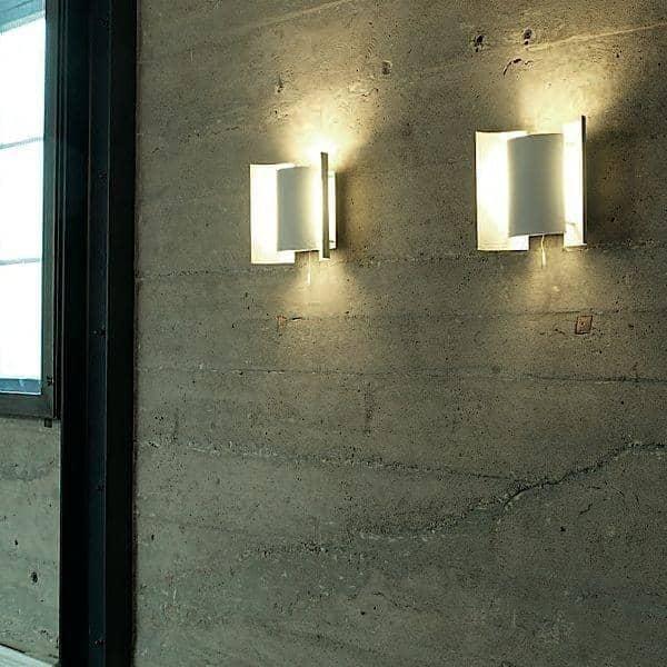 BUTTERFLY WALL LAMP היא אוצר נורבגי - דקו ועיצוב, NORTHERN LIGHTING